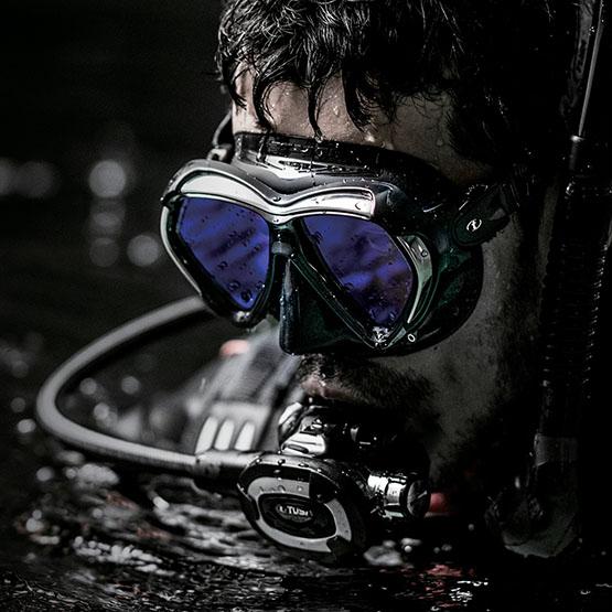 маска для дайвинга TUSA Paragon M2001SQB width=